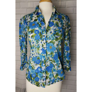 Anthropologie HD in Paris blue floral button down